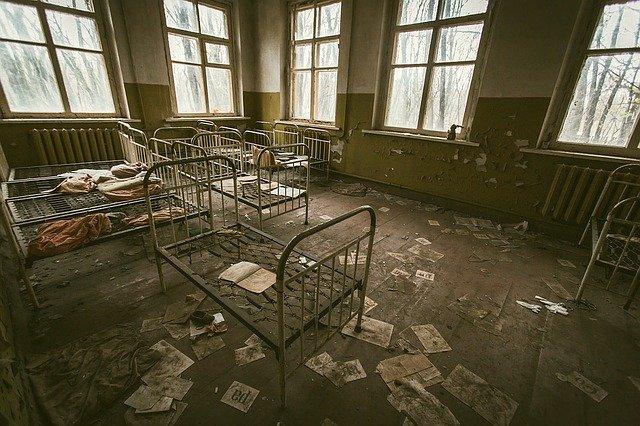 postele v Černobylu