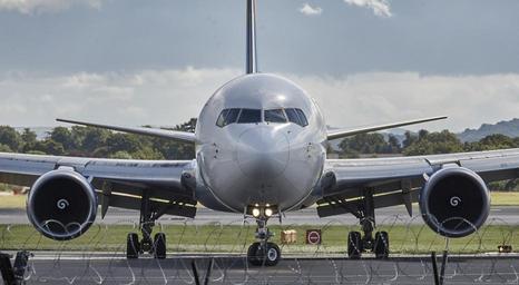 letadlo na ranveji